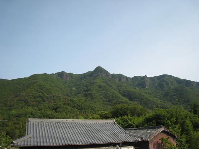 小豆島黒岩地区より見た大麻山